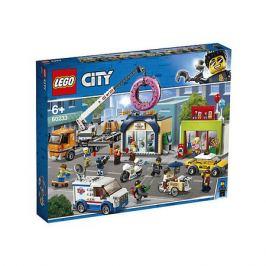 LEGO Конструктор LEGO City Town 60233: Открытие магазина по продаже пончиков