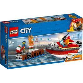 Конструктор Lego Пожар в порту 60213 City Fire